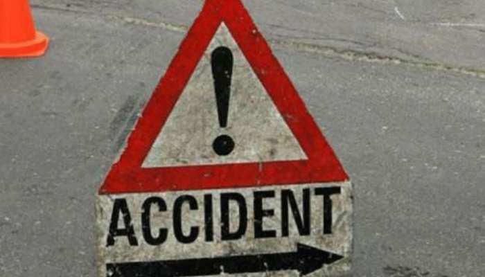 मध्य प्रदेशः यात्री बस और कार में भिड़ंत, पांच लोगों की मौत, 4 घायल