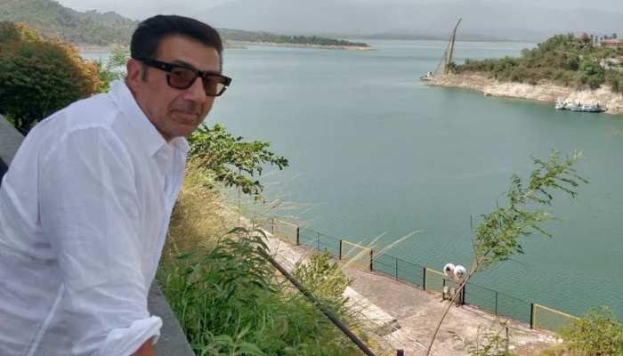 सनी देओल ने गुरदासपुर में अपना प्रतिनिधि नियुक्त किया, कांग्रेस ने कहा-ये जनता से धोखा