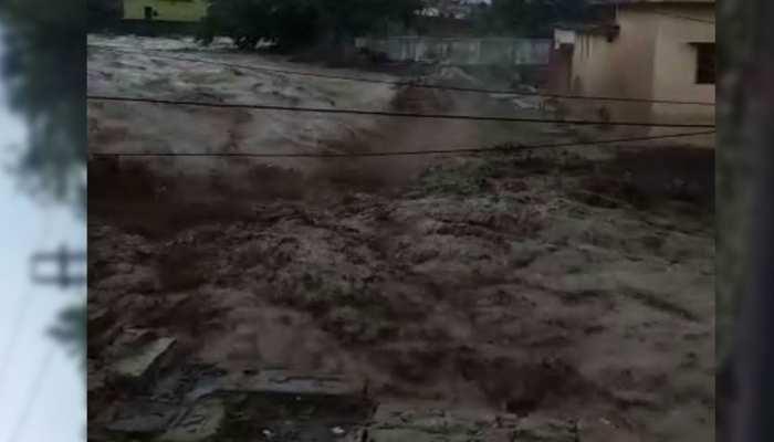 कोटद्वार में भारी बारिश बनी कहर, करंट लगने से तीन युवकों की मौत