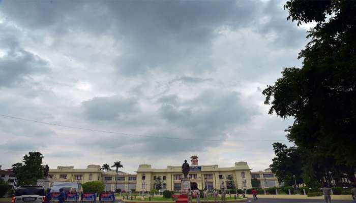 बिहार विधानसभा: स्वास्थ्य मंत्री के इस्तीफे की मांग पर नरम पड़ा विपक्ष