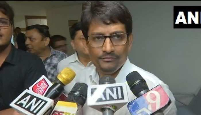 अल्पेश ठाकोर  ने विधायक पद से दिया इस्तीफा, कहा- 'राहुल गांधी ने हमारे लिए कुछ नहीं किया'