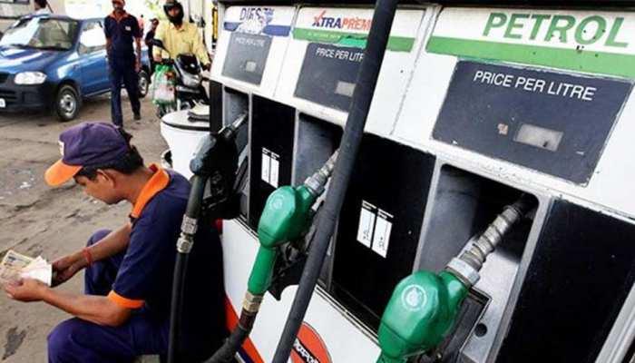 Budget 2019: तेल की कीमतों में लगेगी आग, पेट्रोल 2.5 रु. और डीजल 2.3 रुपए होगा महंगा