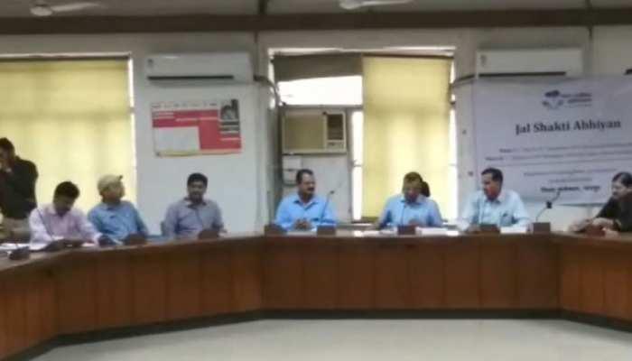 जयपुर: जिला स्तरीय अधिकारियों की प्रभारी सचिव के साथ हुई बैठक, लगी क्लास