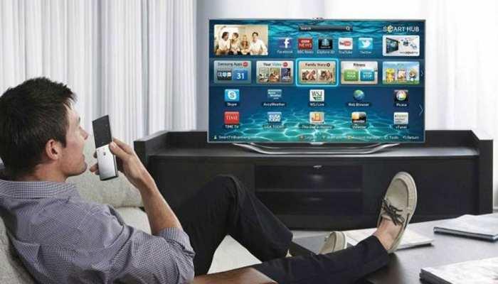 स्मार्ट टीवी के सामने आपको रहना होगा स्मार्ट, हो सकती है सूरत जैसी पॉर्न वाली घटना!