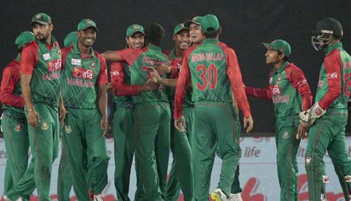 वर्ल्ड कप में अच्छे प्रदर्शन के बावजूद बांग्लादेश को लगा बड़ा झटका,कोच ने दिया इस्तीफा