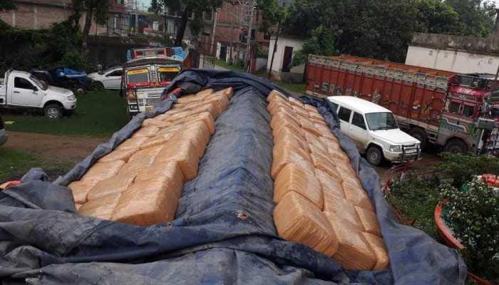बिहार : STF को मिली बड़ी सफलता, 705 किलो गांजा बरामद, 2 गिरफ्तार
