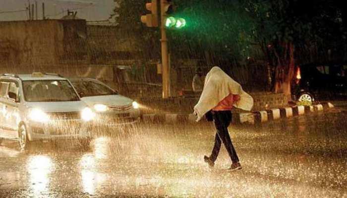 यूपी में बारिश के कारण हुई घटनाओं में 15 लोगों की मौत, 133 मकान क्षतिग्रस्त