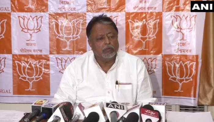 बीजेपी नेता मुकुल रॉय का दावा, 'कांग्रेस-सीपीएम-टीएमसी के 107 विधायक हमसे जुड़ने को तैयार'