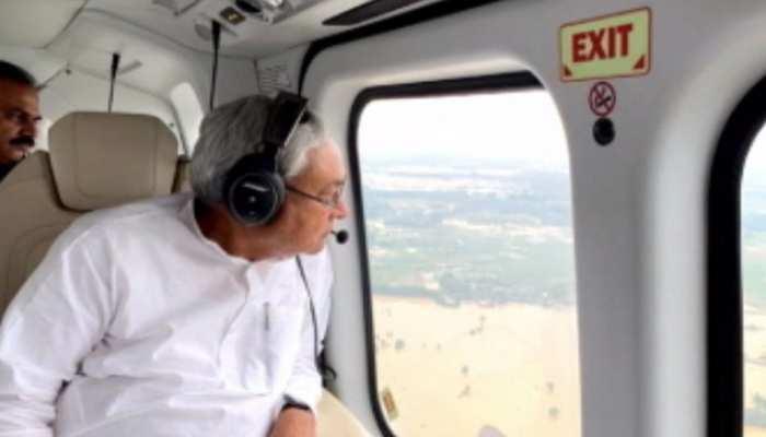सीएम नीतीश कुमार ने किया बाढ़ प्रभावित क्षेत्रों का हवाई सर्वेक्षण, नदियां उफान पर