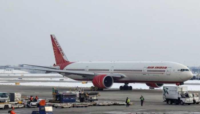 अल्कोहल टेस्ट में Air India का पायलट हुआ फेल, 3 महीने के लिए सस्पेंड