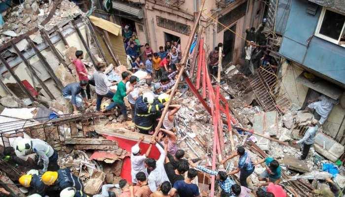 मुंबई में पिछले 5 सालों में गिरीं 2704 इमारतें, 234 ने गंवाई जान, 840 जख्मी