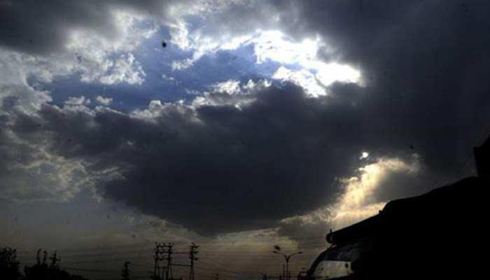 बिहार में आंशिक बदली छाई, उमसभरी गर्मी, 25.7 तक लुढ़का पूर्णिया का पारा