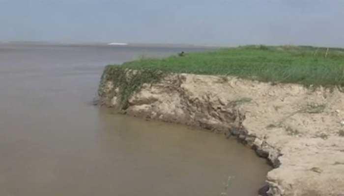 बिहार में बाढ़ का कहर जारी, 79 प्रखंडों की 26 लाख से अधिक आबादी प्रभावित