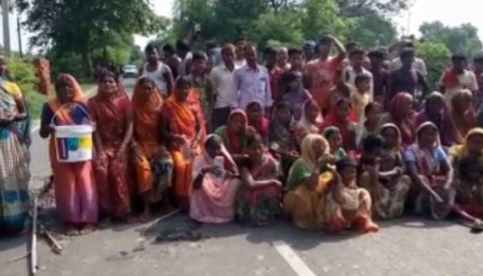 नालंदा में नल जल योजना का नहीं मिला लाभ, इस गांव के दलितों ने किया प्रदर्शन