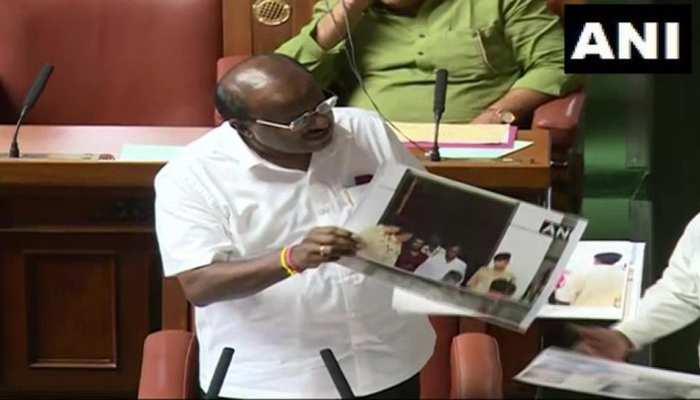 कर्नाटक LIVE: राज्यपाल ने फिर कहा-बहुमत साबित करें सीएम, कुमारस्वामी बोले-आपके दूसरे 'लव लेटर' से दुख हुआ