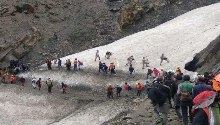 अमरनाथ यात्रा: 1 जुलाई से अब तक 2.38 लाख से ज्यादा शिव भक्तों ने किए बाबा बर्फानी के दर्शन