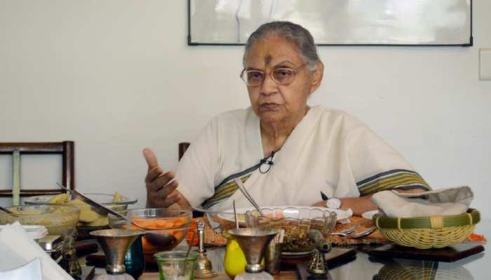 इंदिरा गांधी को इंप्रेस करने के लिए शीला दीक्षित ने गरमा-गरम जलेबी में मिलाई थी आइसक्रीम, पढ़ें अनसुनी बातें