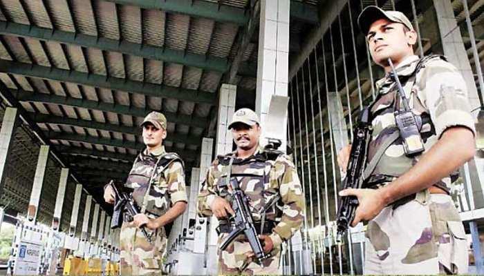 विमान में बम की खबर ने हैदराबाद से लेकर कोलकाता एयरपोर्ट तक मचाया हड़कंप और फिर...