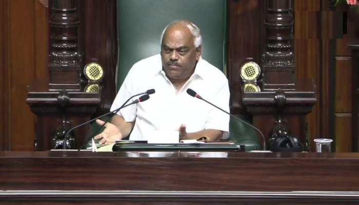 कर्नाटक संकट LIVE : स्पीकर बोले - मुझे बिना आपसे पूछे फैसला लेने पर मजबूर ना करें, नतीजे विनाशकारी होंगे