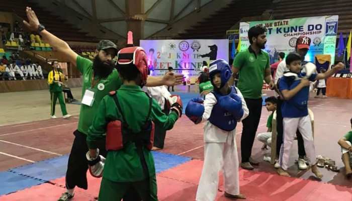 युवाओं को नशे की लत से दूर रखने के लिए कश्मीर घाटी में चलाया गया ये खास अभियान