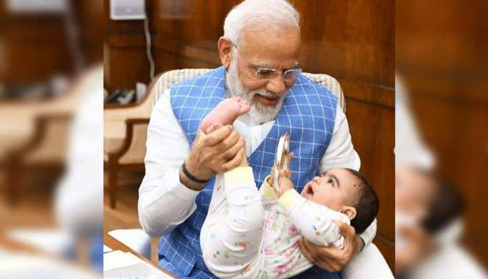 ...जब संसद में PM मोदी से मिलने आया उनका नन्हा दोस्त, इंस्टाग्राम पर शेयर की तस्वीरें