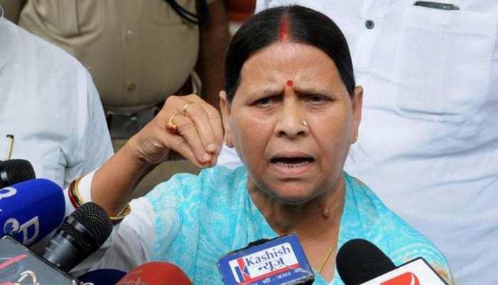 नीतीश कुमार पर नरम तो सुशील मोदी पर भड़कीं राबड़ी, तेजस्वी की गैरमौजूदगी पर कहा कुछ ऐसा