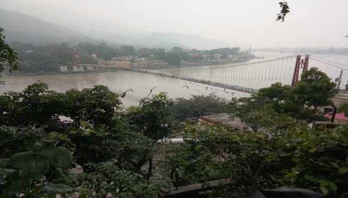 ऋषिकेश: लक्ष्मण झूला पुल पर आवाजाही बंद के बाद अब राम झूला पुल भी हुआ खतरनाक