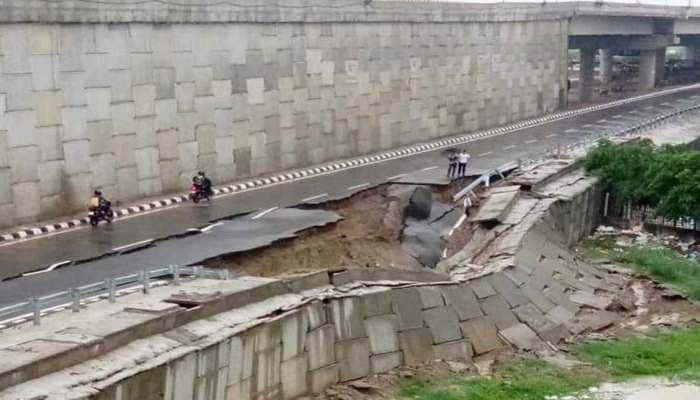 लखनऊ: आउटर रिंगरोड की 30 मीटर सर्विस लेन धंसी, सड़क के नीचे मौजूद थी पाइपलाइन