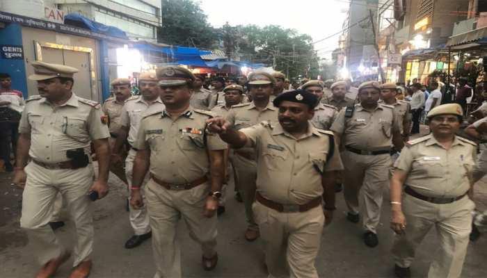 दिल्ली: स्वतंत्रता दिवस पर आतंकी खतरा, बाजारों में पुलिस फोर्स तैनात, ड्रोन से रखी जाएगी नजर