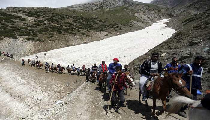 जम्मू-कश्मीर: भारी बारिश के चलते भूस्खलन, रोकी गई अमरनाथ यात्रा