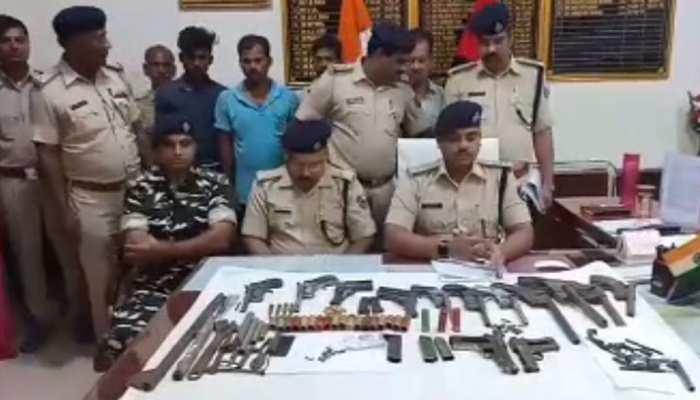 बिहारः हत्या की योजना बना रहे चार अपराधियों को पुलिस ने किया गिरफ्तार, हथियार भी बरामद