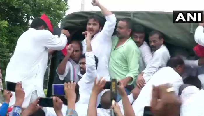 रामपुर में अब्दुल्ला आजम गिरफ्तार, बोले- 'सरकार जौहर यूनिवर्सिटी को बर्बाद करना चाहती है'