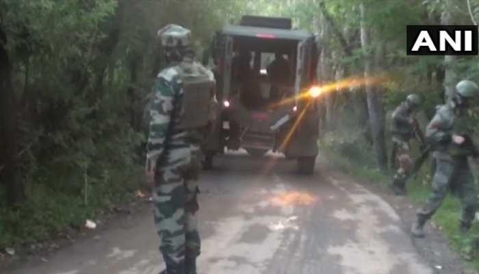 J&K: शोपियां में सुरक्षाबलों और आतंकियों के बीच एनकाउंटर जारी, 1 जवान शहीद