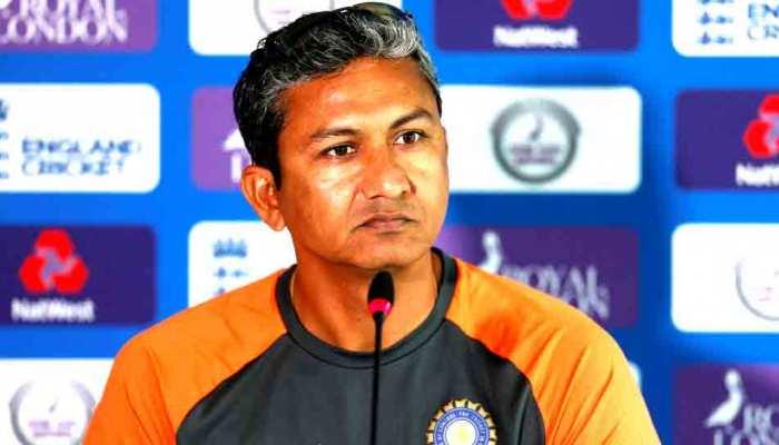संजय बांगर ने किया खुलासा- धोनी को विश्व कप के सेमीफाइनल में नंबर-7 पर क्यों भेजा गया