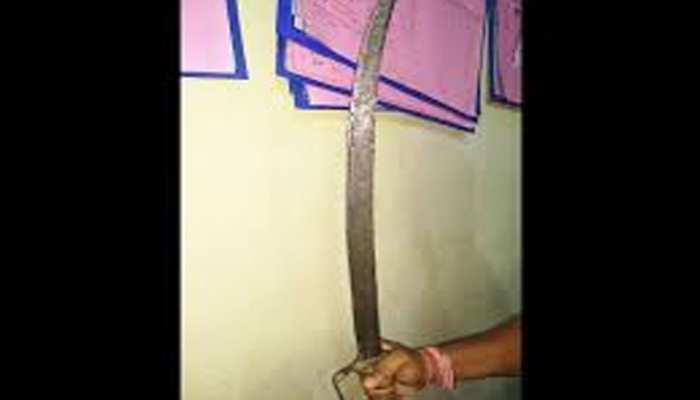 जोधपुर: पत्थरगढ़ी करने पहुंची राजस्व टीम को धमकाने वाला गिरफ्तार, लहरा रहा था तलवार