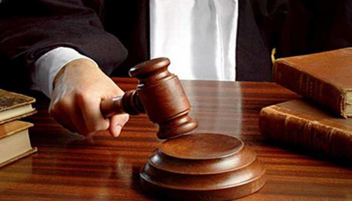 उन्नाव रेप मामले में दिल्ली की तीस हजारी कोर्ट में सुनवाई कल, आरोपी कुलदीप सिंह की पेशी संभव