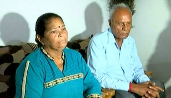 एक ट्वीट पर पासपोर्ट अफसरों को लिया आड़े हाथों, सुषमा स्वराज ने ऐसे की थी बीमार महिला की मदद