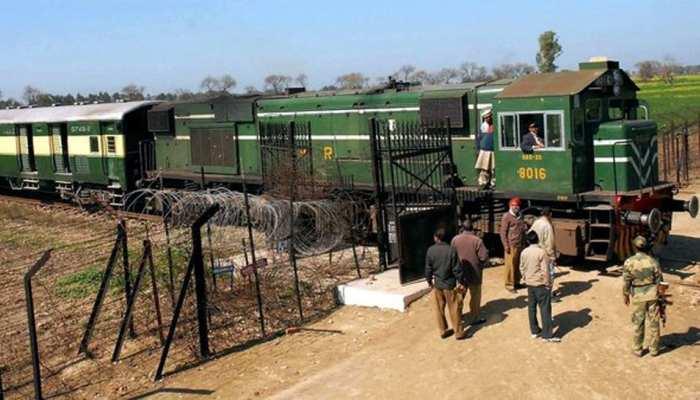 पाकिस्तान ने समझौता एक्सप्रेस रोकी, भारत ने इंजन भेजा, वापस अटारी आई ट्रेन