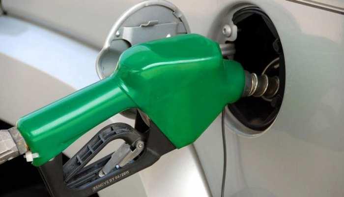 पेट्रोल की कीमत में कोई बदलाव नहीं, डीजल लगातार तीसरे दिन सस्ता