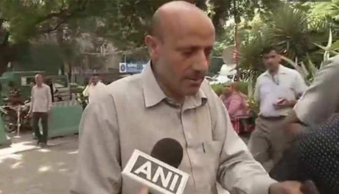 कश्मीर: NIA ने टेरर फंडिंग मामले में पूर्व विधायक इंजीनियर राशिद को गिरफ्तार किया