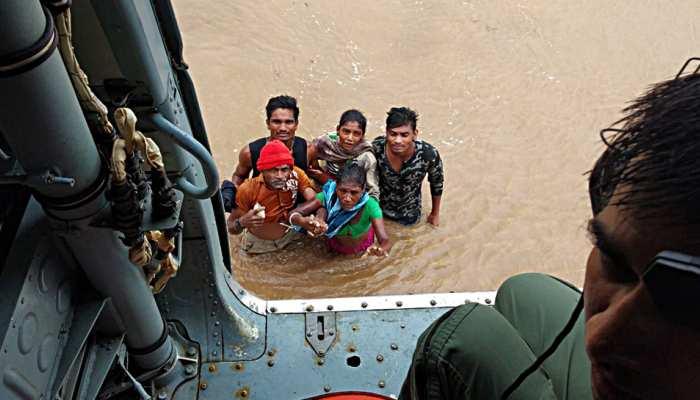 महाराष्ट्र: बाढ़ पीड़ितों के लिए आगे आया शिरडी साईंबाबा संस्थान, 10 करोड़ की मदद का किया ऐलान