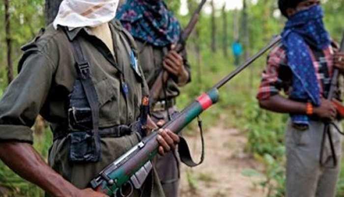 पुलिस मुखबिरी के शक में नक्सलियों ने 4 ग्रामीणों का किया अपहरण, अब जंगलों में घूम रहे परिजन