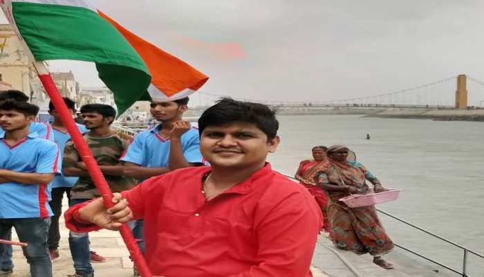 #SelfiewithTiranga trending on Social media occassion on 73th independance day