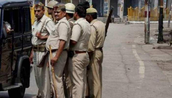 मुजफ्फरनगर में 50 हजार के ईनामी बदमाश ने SSP के सामने किया सरेंडर