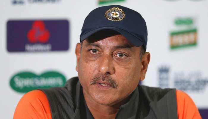 रवि शास्त्री बने रहेंगे टीम इंडिया के कोच, इन 5 लोगों को छोड़ा रेस में पीछे