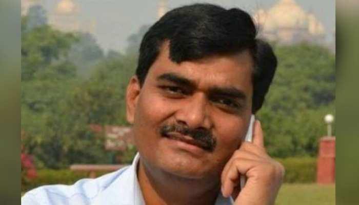 शाहजहांपुर: जिस महिला को DM साहब ने कहा था बेशर्म, प्रसव के बाद हो गई उसकी मौत