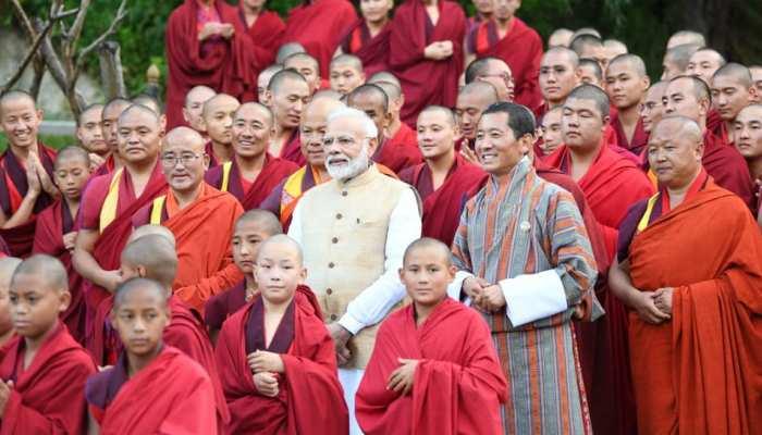 पीएम मोदी ने भूटान में रुपे कार्ड किया लांच, 9 एमओयू पर हस्ताक्षर