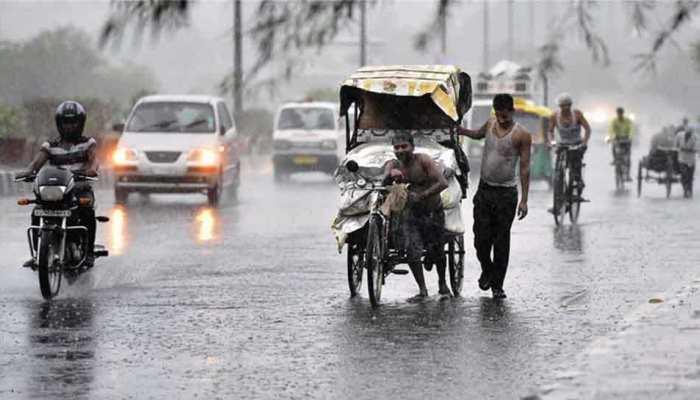 बिहार में रविवार से रुक-रुककर हो रही बारिश, तापमान लुढ़का
