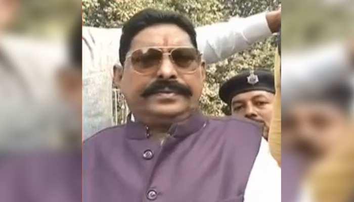 बिहार: बाहुबली विधायक अनंत सिंह के साथ हम पार्टी के बाद खड़ी हुई आरजेडी