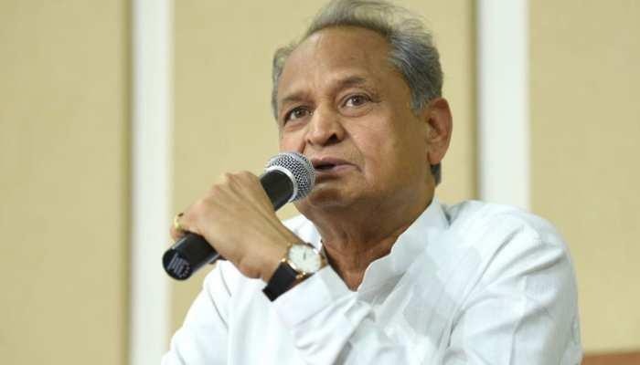 पहलू खान मामले की जांच में खामियों के लिए वसुंधरा सरकार जिम्मेदार: अशोक गहलोत